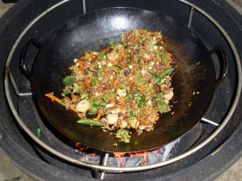 Wokking On The Big Green Egg Bouillie
